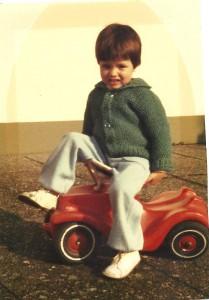 Sascha mit Bobby-Car